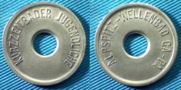 03131 GETTONE TOKEN JETON Service Piscina KURZEITBADER JUGENDLICHE ALPSPITZ WELLENBAD GA PA HOLED - Zonder Classificatie