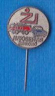 Slovenia Pin Avtoservis Zunkovic Miklavz Na Dravskem Polju  Truck Car Servis - Badges