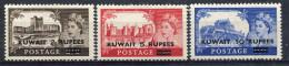 1955- KUWAIT-ELIZABETH-CASTLES-CPL.SET 3 VAL.  M.N.H. LUXE !! - Kuwait