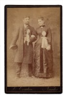 Nantes. Mariés ?.Couple. Photo L.Toutin. - Anonymous Persons