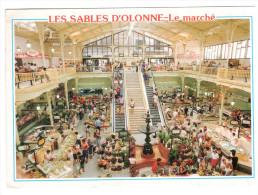 CPM LES SABLES D OLONNE VENDEE LE MARCHE DES HALLES - Sables D'Olonne