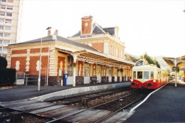 Royat Chamalières (63) 29/09/2002 - Autorail X4039 - Stations With Trains