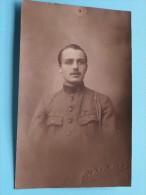 Soldaat / Soldier / Identify ( Hubert / Voir Col ) - Anno 19?? ( Photo Liège / Zie Foto Voor Details ) ! - Personen