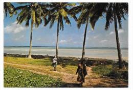 Cpsm: AFRIQUE - Grande COMORE - Littoral MITSAMIOULI (animé) - Comores