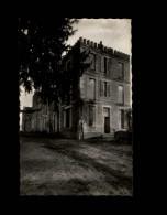 33 - CAPIAN - Chateau - France