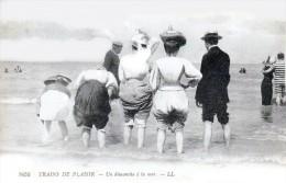 MERS LES BAINS - Un Dimanche à La Mer - Très Beau Plan Animé - Mers Les Bains