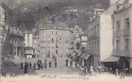 Cauterets 65 - Place De La Mairie - Editeur ND - Cauterets