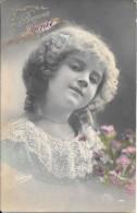 CPA COLORISEE FETE -  BONNE ANNEE - Portrait De Petite Fille - ENCH1202 - - Nouvel An