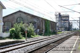 Gare D´Ailly-sur-Noye , Somme , Installations Marchandises - Une Photo Reproduit Carte Postale  10x15 Cm. - Bahnhöfe Ohne Züge