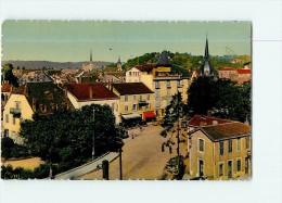 MONTBELIARD - Vue Générale Place De La GARE - CPSM Couleur - 2 Scans - Montbéliard