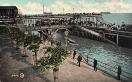 Postcard - Hull Victoria Pier, Yorkshire. 31846 - Hull