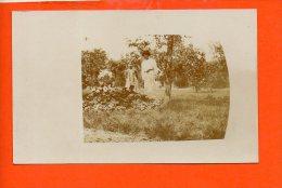 à Identifier - Femme Enfant (non écrite) - Cartes Postales