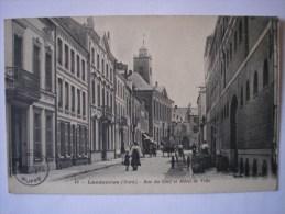 59 - CPA - LANDRECIES - Rue Du Cerf Et Hôtel De Ville - BELLE Carte  ANIMEE Peu Commune - Landrecies