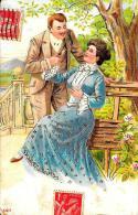[DC2610] CPA - COPPIA - CARTOLINA ILLUSTRATA IN RILIEVO CON INSERTI DORATI - Viaggiata 1905 - Old Postcard - Coppie