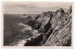 PLOGOFF--1951--La Pointe Du Raz Du Sein--Vue Générale -cpsm 14 X 9 N° 189 éd  Greff - Plogoff