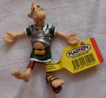 Figurine PVC PLASTOY 1999 Astérix Et Obélix - Légionnaire Romain Assomé Uderzo Goscinny Avec étiquette - Asterix & Obelix