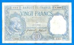 20  Fr  Du  7/8/1917  Dans  L´etat - 1871-1952 Circulated During XXth