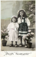 Postcard / CP / Postkaart / Girls / Filles / Ed. K E / Paris / No 2290 / 1908 - Grupo De Niños Y Familias