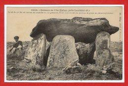 29 - ILE  MELON --  Dolmen - France