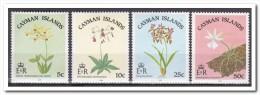 Kaaiman Eilanden 1985, Postfris MNH, Flowers - Kaaiman Eilanden
