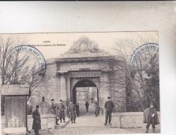 CAEN  ENTREE DE LA CASERNE  DU CHATEAU - Caen