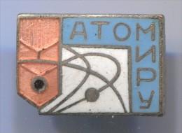 Atom, Atomic Energy -  Soviet Union Russia, Vintage Pin Badge, Enamel - Pin's