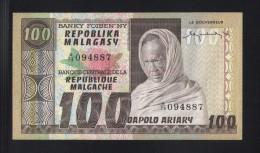 100 FRANCS / 20 ARIARY Banque Centrale De La République Margache (1974/1975) - Madagascar