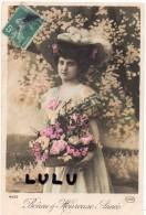 N° 10 : FANTAISIE FEMME : Belle Avec Son Panier De Fleurs - Femmes
