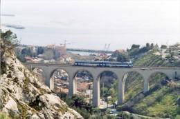 L´Estaque (13) 04/03/2003 - Autorail X4950 Sur Le Viaduc De L´Estaque - France