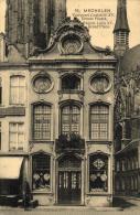 BELGIQUE - ANVERS - MECHELEN - MALINES - Façade Louis XV, Grand Place. - Voorgevel Lodewijk XV, Groote Plaats. - Malines