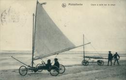 BELGIQUE MIDDELKERKE / Chars à Voile Sur La Plage / - Middelkerke