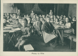 BELGIQUE MUSSY LA VILLE / Des Enfants Au Réfectoire / - België
