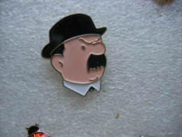 Pin´s Du Portrait D'un Des 2 DUPONT Dans Les Aventures De Tintin - Comics