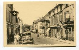CPA  91  :  ESSONNES   Rue De Paris   Animée        A    VOIR  !!! - Essonnes