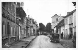 03 VARENNES SUR ALLIER  Rue De Vouroux Cpsm     2 Scans - Frankreich