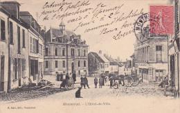51 -- Marne -- Montmirail -- L'Hôtel De Ville -- Attelage - Charette - Enfants - Chien - Café - Montmirail