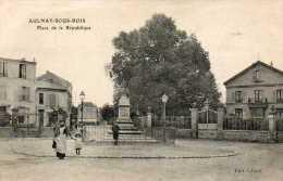 CPA- AULNAY-sous-BOIS (93) - Aspect De La Place De La République Dans Les Années 20 - Aulnay Sous Bois
