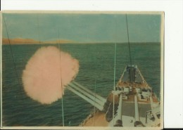 UNITED STATES   --  ORIGINAL PHOTO  -- SHIP  --   GARDINERS BAY ( AVP - 39 )   --  IN SHANGHAI, 1946 --  16 Cm X 11,5 Cm - Boats