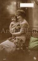 Postcard / CP / Postkaart / Bébé / Baby / Femme / Woman / No 626 / Unused - Grupo De Niños Y Familias