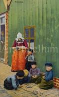 Postcard / CP / Postkaart / Children / Enfants / Woman / Femme / Hollandse Klederdracht / Serie 291 No 4471 - Grupo De Niños Y Familias