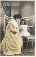 Postcard / CP / Postkaart / Fille / Girl / Femme / Woman / Ed. CLC / Unused - Grupo De Niños Y Familias