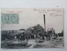 EN  BEAUCE   La Batteuse  1908 - Autres Communes