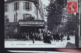VINCENNES RUE PARIS CHEZ AUDIOT - Vincennes