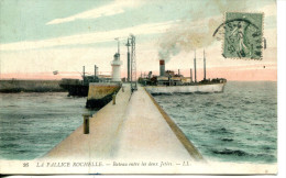 N°48700 -cpa La Pallice Rochelle -bateau Entre Les Deux Jetées- - Commerce