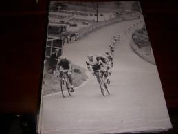 CYCLISME COUPURE LIVRE C012 CHAMPIONNAT Du MONDE 1966 ALTIG CIRCUIT NURBURGRING - Ciclismo