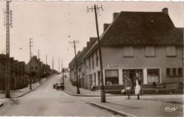 Cpsm 62 EQUIHEN-PLAGE  Rue De L'Abbé Copin , Animée , Peu Courante , Magasin Café-alimentation - France
