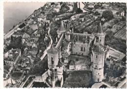 SAUMUR - Vue  Aérienne, Le Chateau - Editions Greff - Saumur