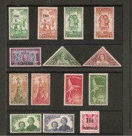 NEW ZEALAND 1941 - 1951 COLLECTION OF MOUNTED MINT SETS ON STOCKCARDS - Unused Stamps