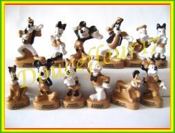 Mickey Antique.. Serie Complète De 12 Feves... Ref AFF : 34-2012...( Pan 0017) - Disney