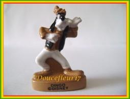 Mickey Antique.. Lot 2 Feves... Ref AFF : 34-2012...( Pan 0017) - Disney